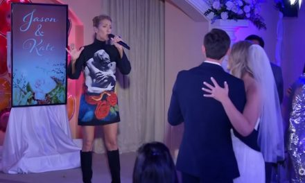 "Celebrities: Céline Dion Serenades Newlyweds with ""Because You Loved Me"""