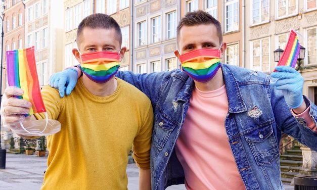 Watch This: Polish Gay Couple Hands Out Rainbow Masks on the Streets
